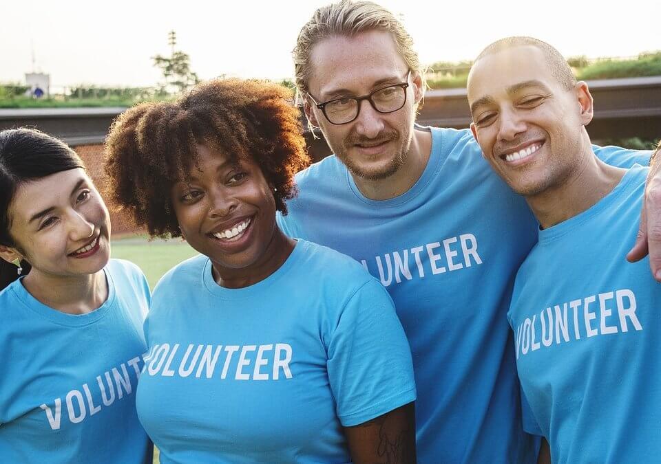 Trabalho voluntário no currículo: como colocar