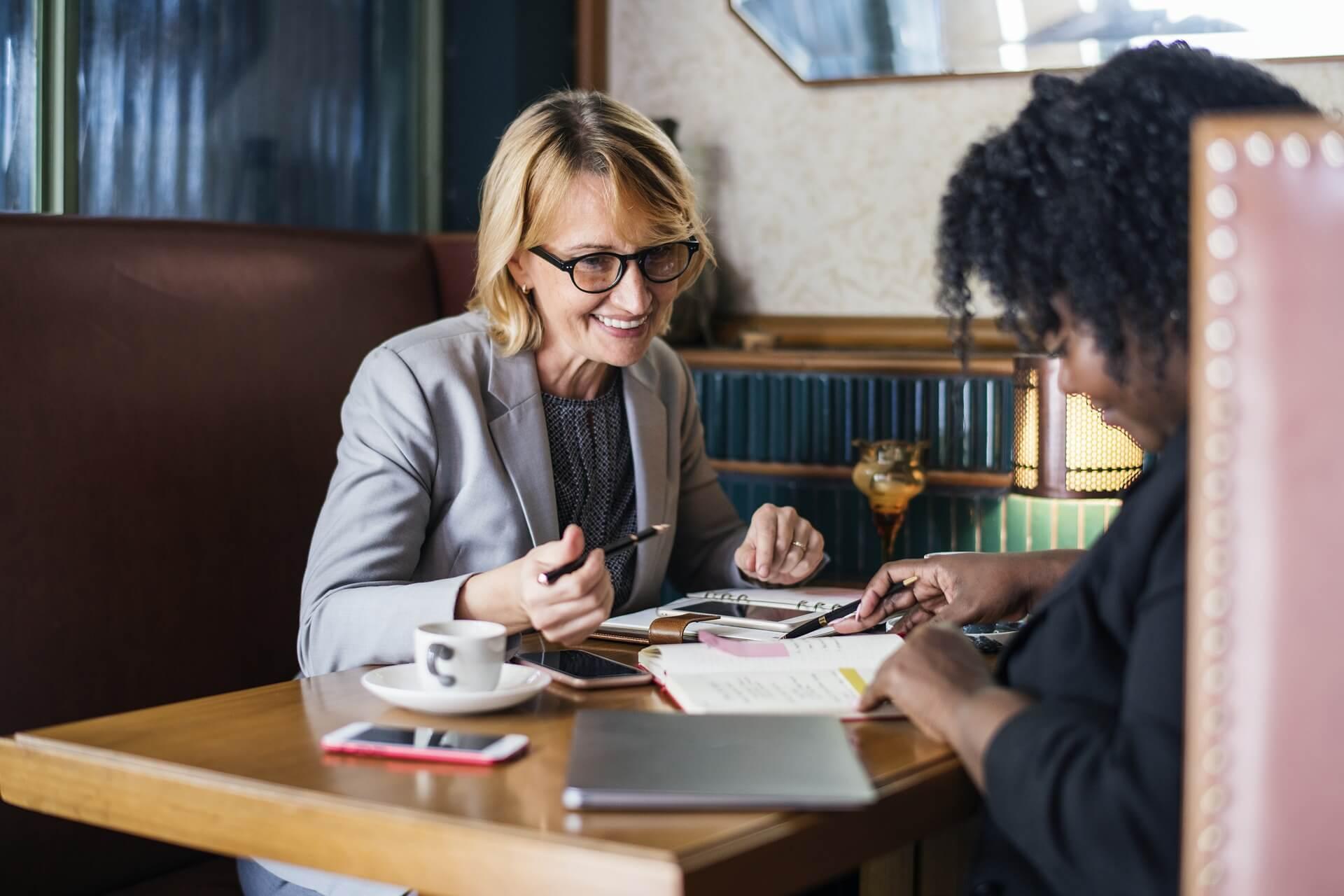 Experiência profissional no currículo: como priorizar? | PraCarreiras