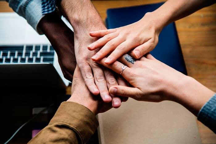 O que é networking? Você precisa fazer mais isso!