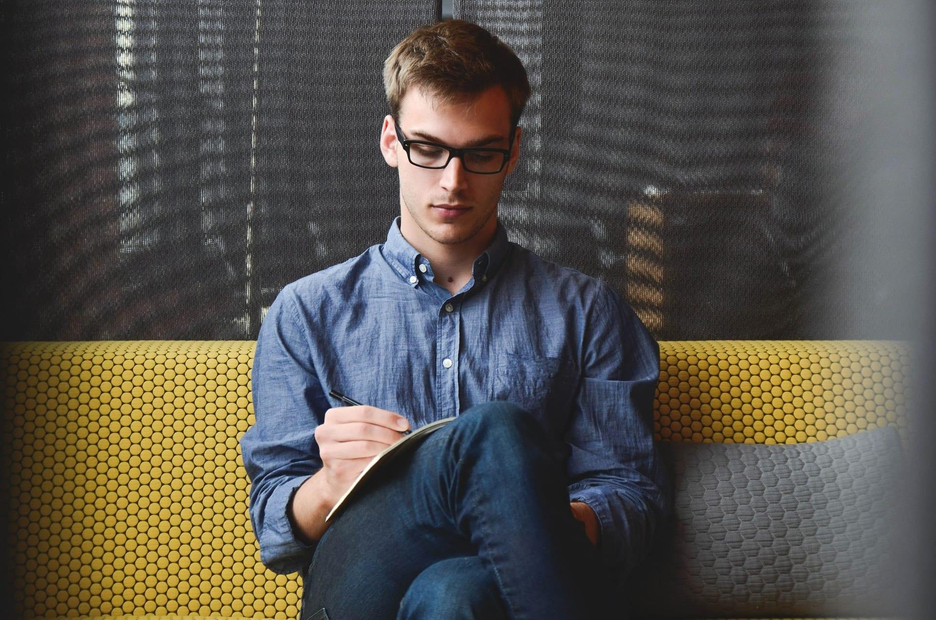 Como conseguir um emprego quando você não tem experiência profissional?