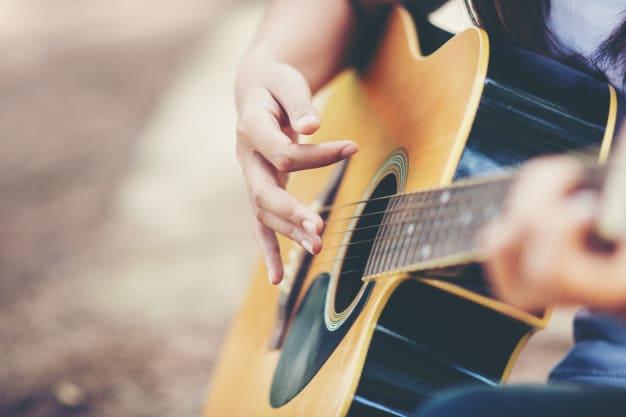 Habilidades que a música ensina e podem te ajudar a arrumar um emprego